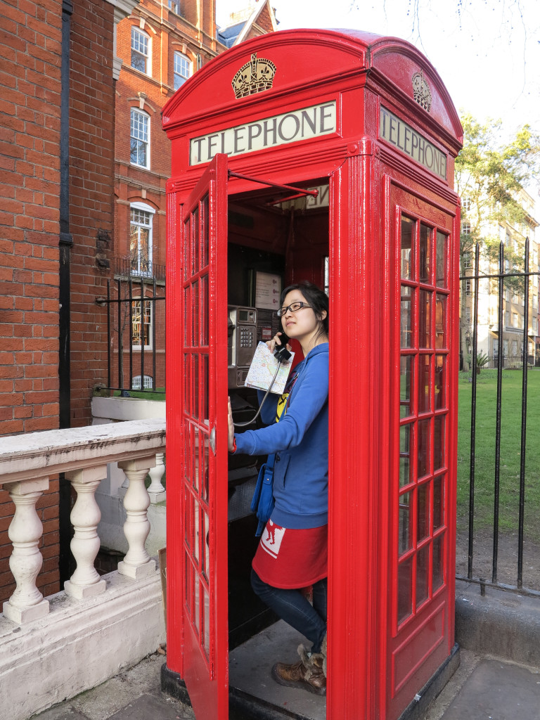 Suolan in Phone Booth