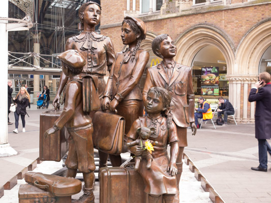Children of the Kindertransport at Liverpool Street Station,London.  Jewish Children's Statue