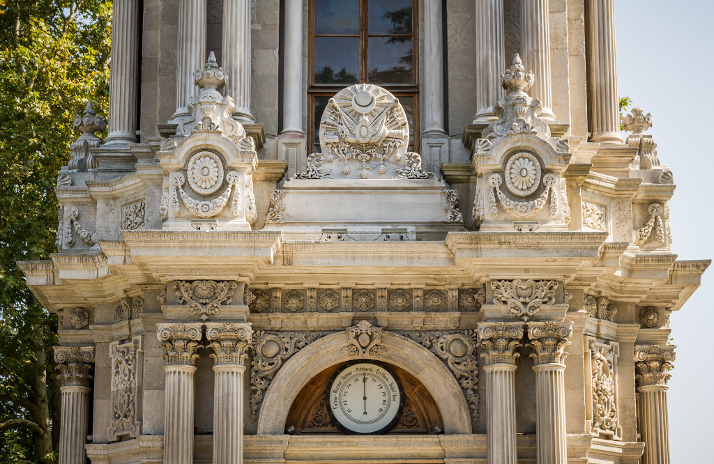 dolmabahce palace clock tower