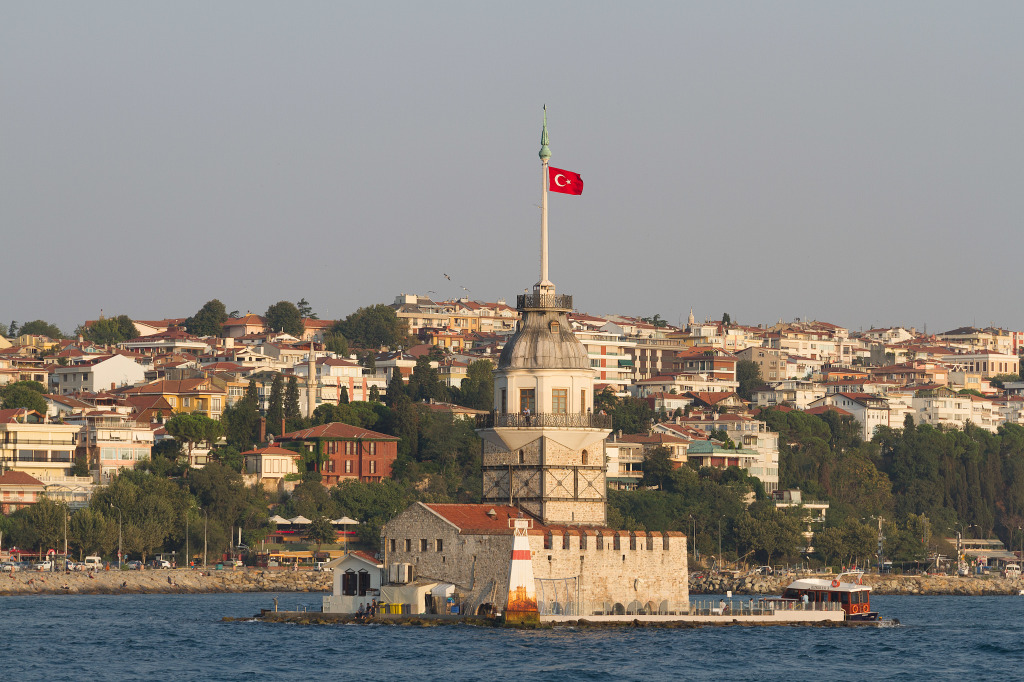 Maiden's Tower at the southern entrance of the Bosphorus in Istanbul