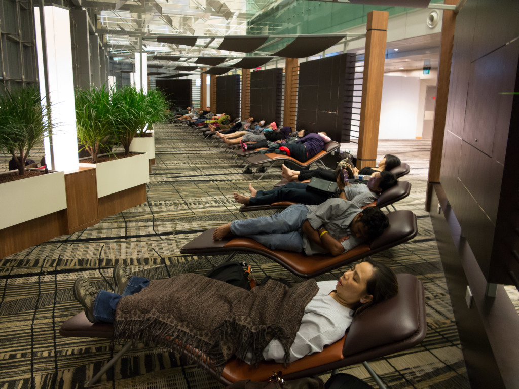 Snooze Lounge at Changi Airport Singapore