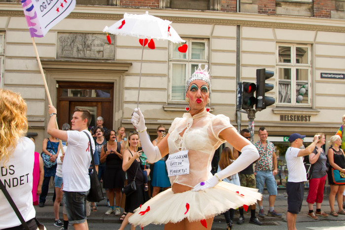 Alice in Wonderland at Copenhagen Pride Bride