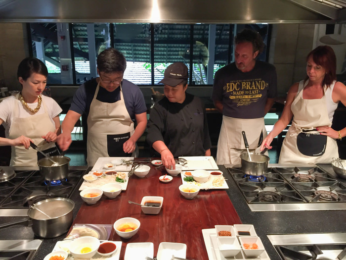 Moos' Kitchen Indigo Pearl Cooking Class