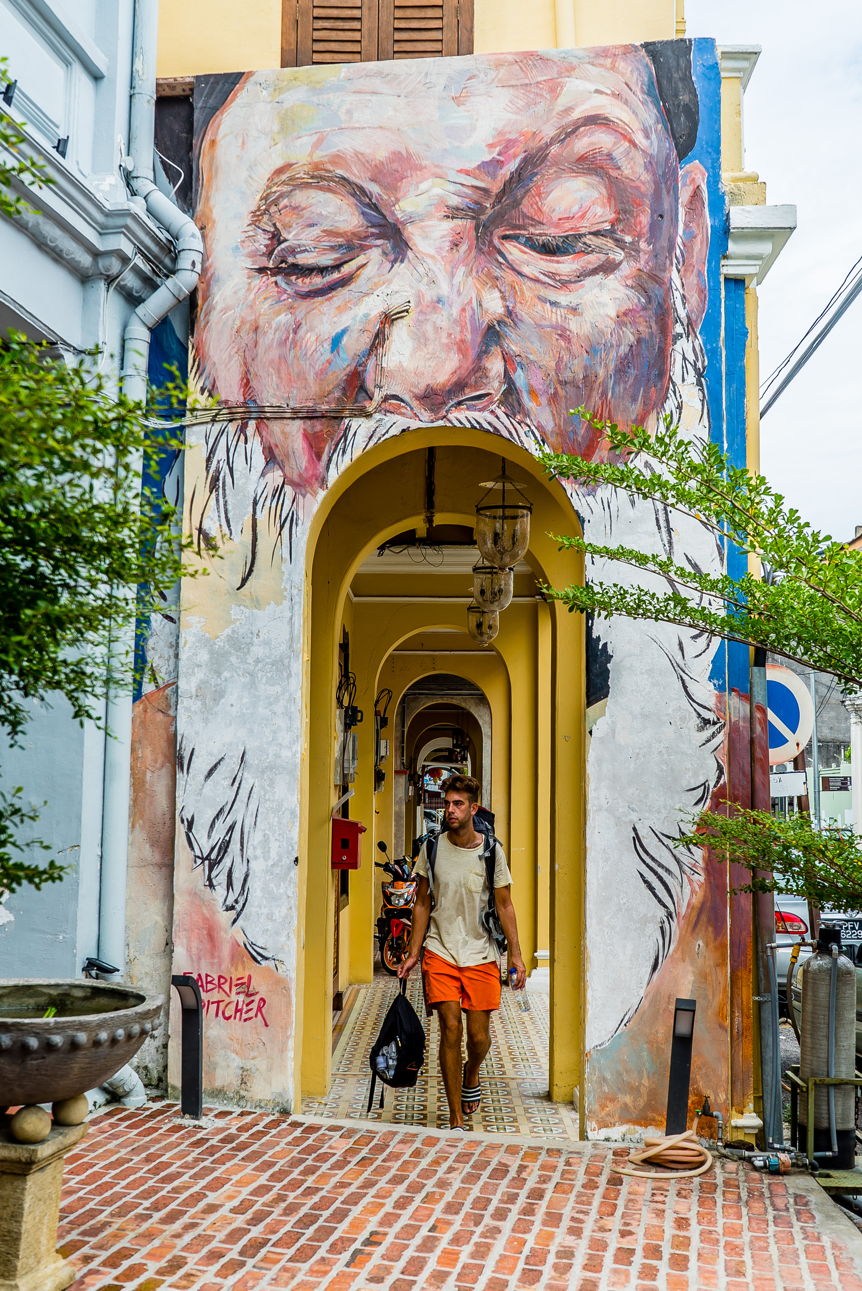 Street Art Mouth and Backpacker in Georgetown Penang